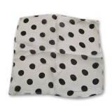 Spotted Silk 09 inch White w/blk spots by Uday - Trick